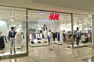 H&M store Algarve shopping mall