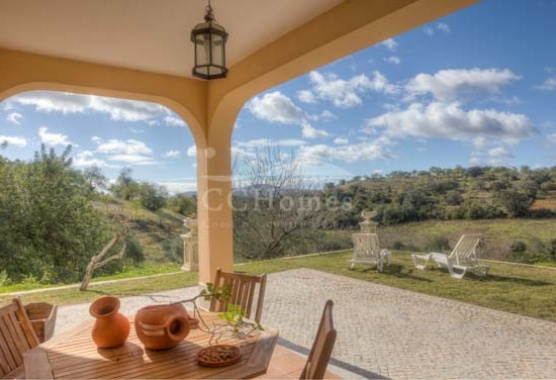 Property for sale in Tavira with View on Meravista 83700