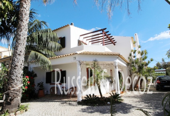 Three bedroom villa for sale in Olhao