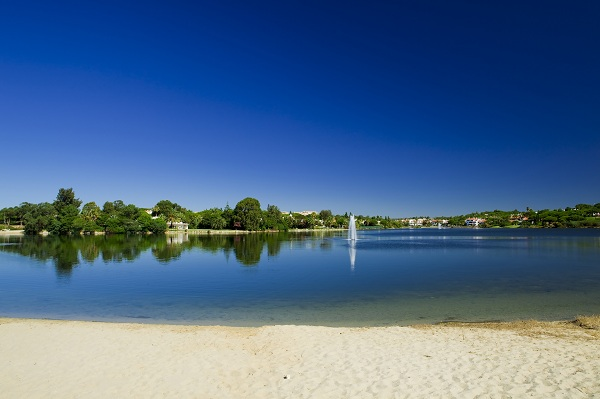 Quinta do Lago lake and villas