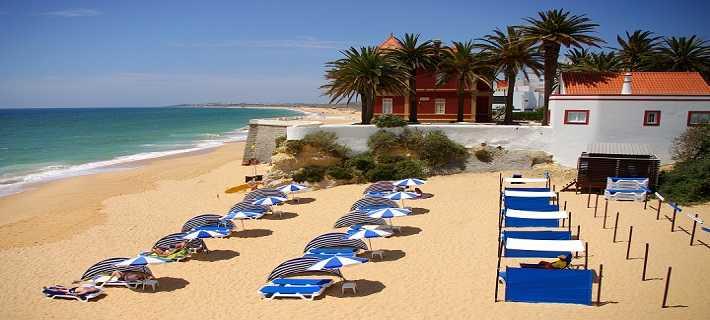 Praias de Armação de Pera no Algarve